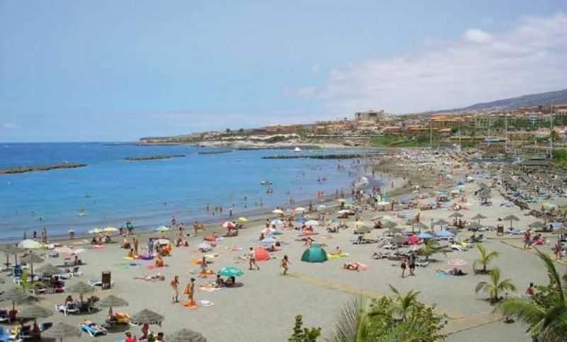 spiaggia di fanabe a tenerife sud